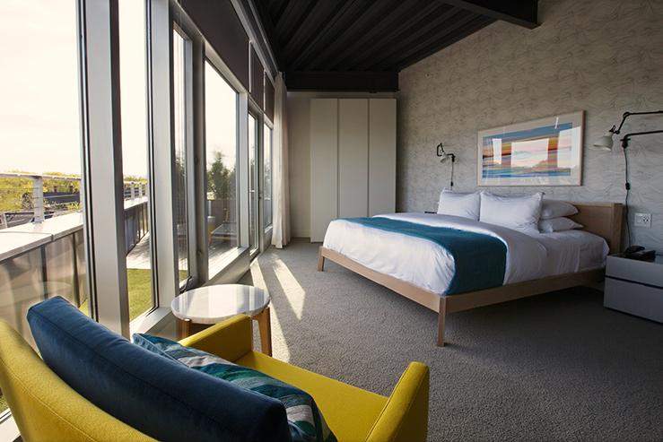 250 main hotel room 8 hpg