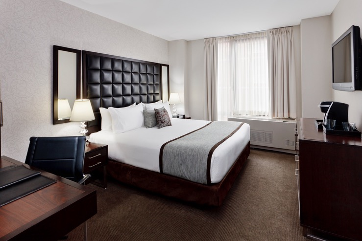 Distrikt hotel new york city comfyking day hpg