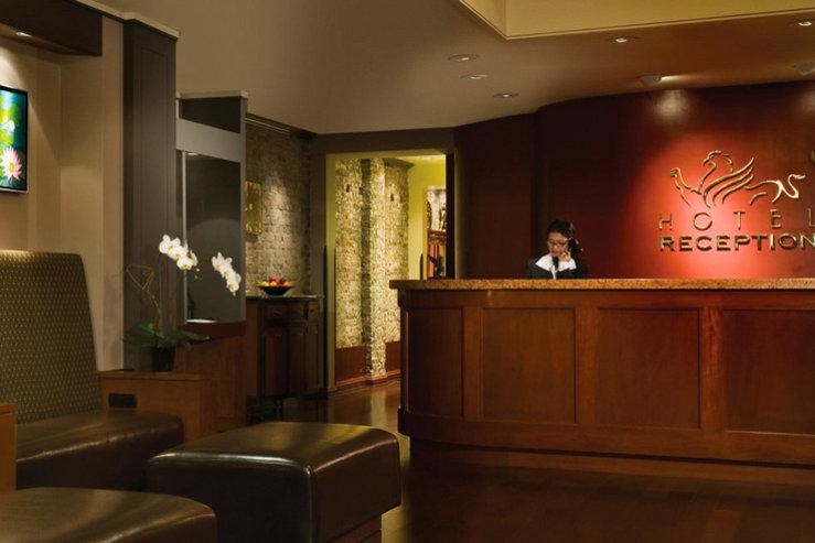 Hotel griffon lobby2 hpg