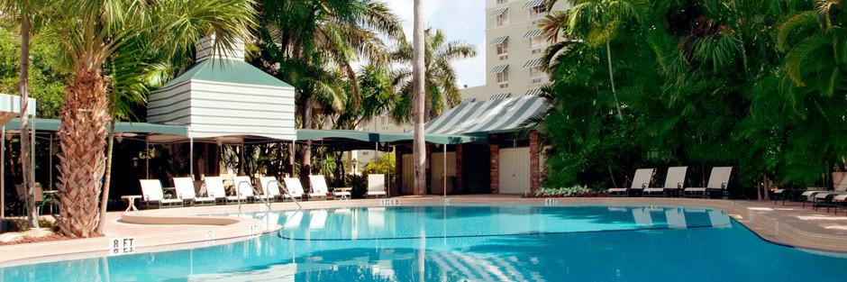Riverside hotel hero amenities hero