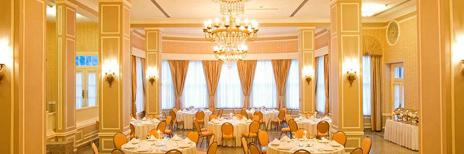 Stonewall jackson hotel and conference center ballroom hero